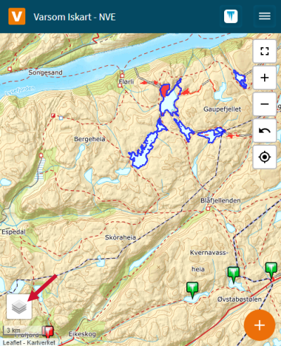 Et skjermbilde fra websiden Iskart.no. Bildet viser med pil hvor man holder musa for å åpne valgene for bakgrunnskart.